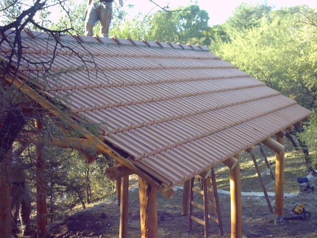 Techos tejas quinchos fluviales altura tinglados tipos de - Fotos techos de madera ...