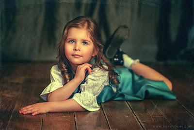 Hình ảnh trẻ thơ dễ thương
