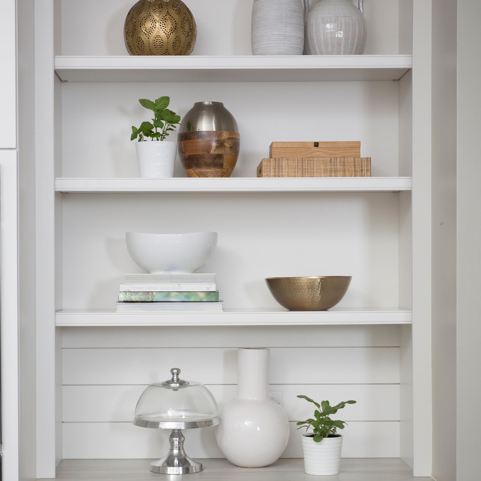 My ScoopCharlotte feature : Shelf Styling