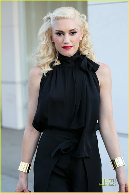 gwen stefani hair up. gwen stefani hair color.