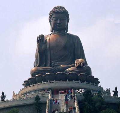 Estatua gigante de Buda en la Isla de Lantau - que visitar