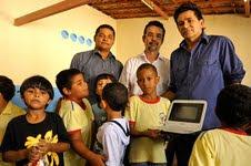 Entrega Computadores Alunos Escola Municipal SGA