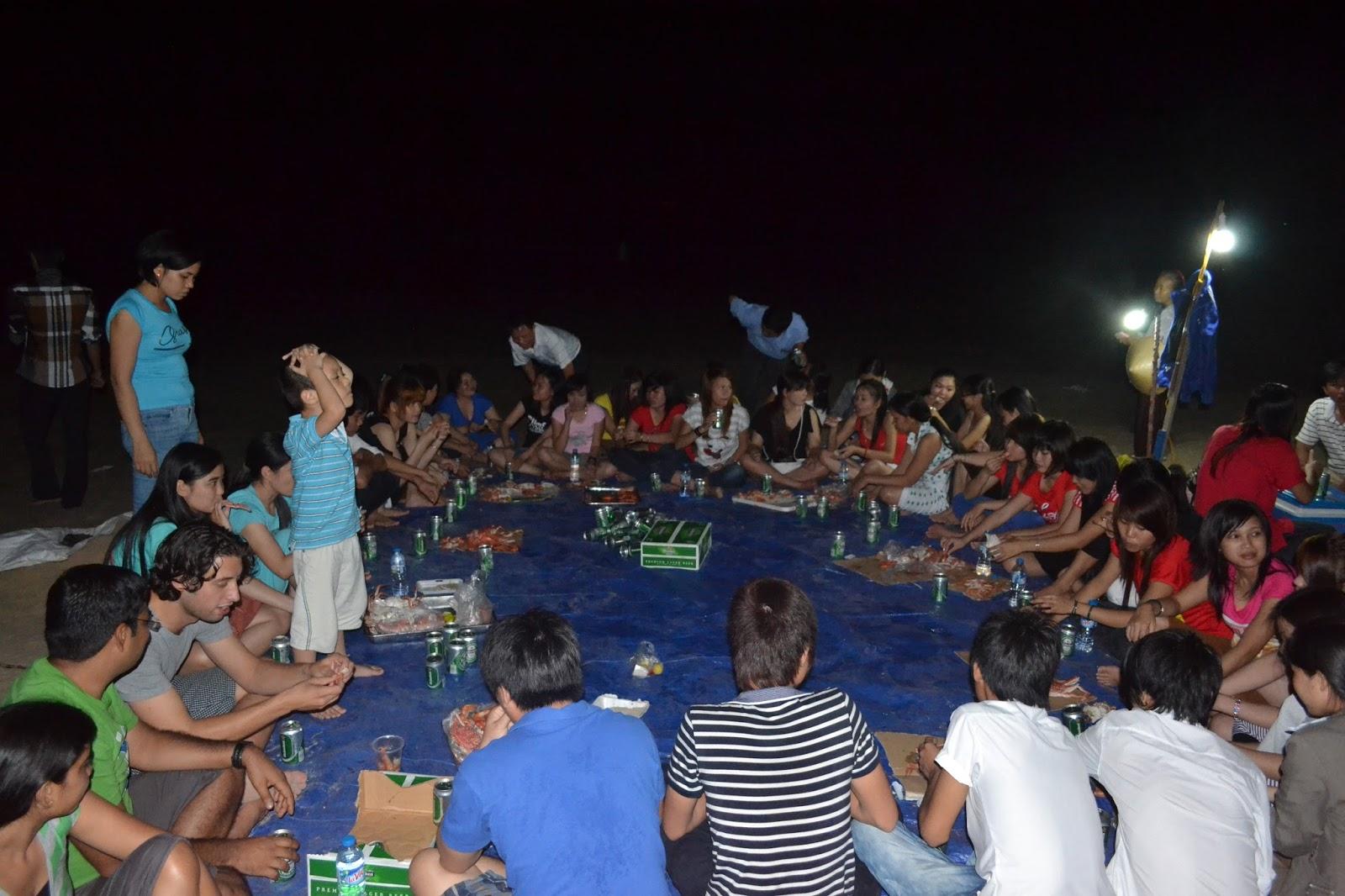 Night party on Bãi Sau (Back Beach)  Vung tau