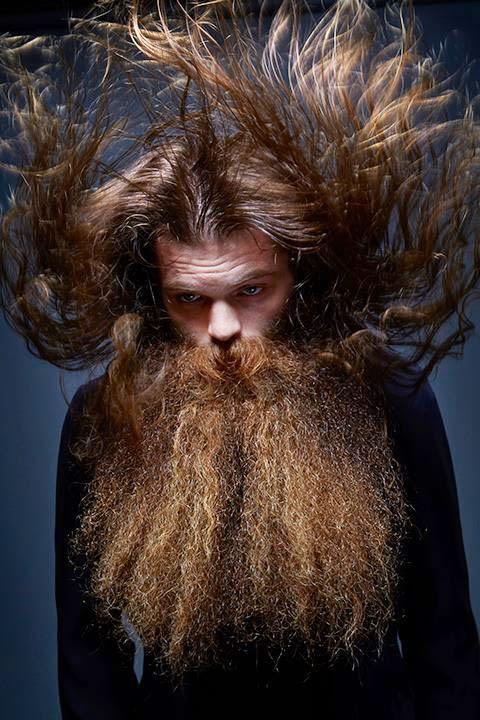barbas y bigotes extravagantes