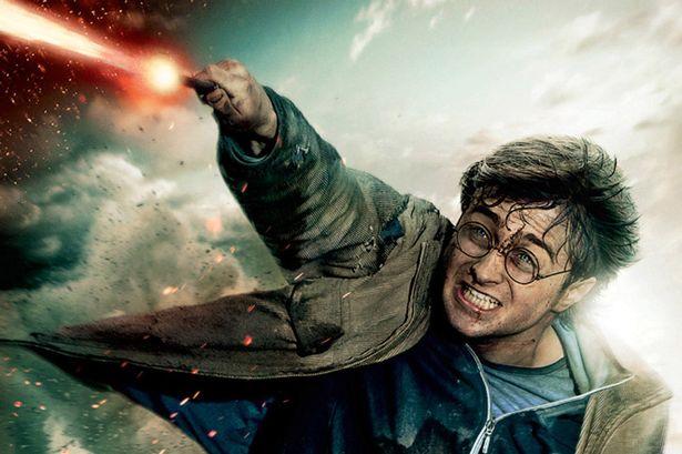 Mình chỉ ước được làm Harry Potter mà thôi!!!