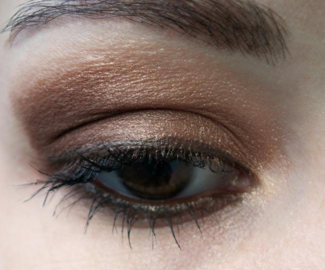 Petite paresseuse maquillage marron sur des yeux marrons biensur que c 39 est possible - Maquillage des yeux marrons ...
