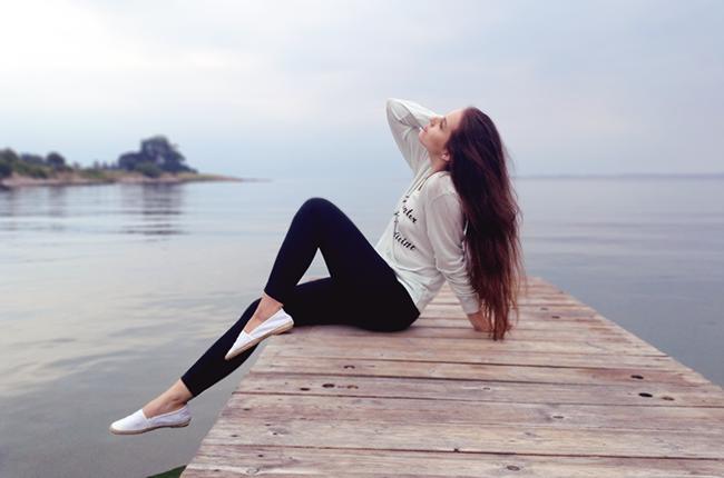 Wildfox Couture beach jumper salt water is the best medicine fashion travel blogger