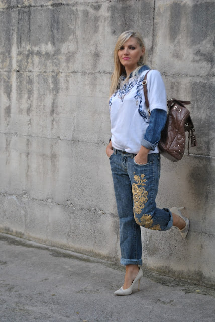 outfit jeans e tacchi abbinamenti jeans e tacchi come abbinare jeans e tacchi jeans and heels how to wear jeans and heels how to combine jeans and heels mariafelicia magno fashion blogger color block by felym blogger italiane di moda blog di moda italiani
