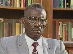 Cheikh Anta Diop, le célèbre professeur, égyptologue 1923-1986