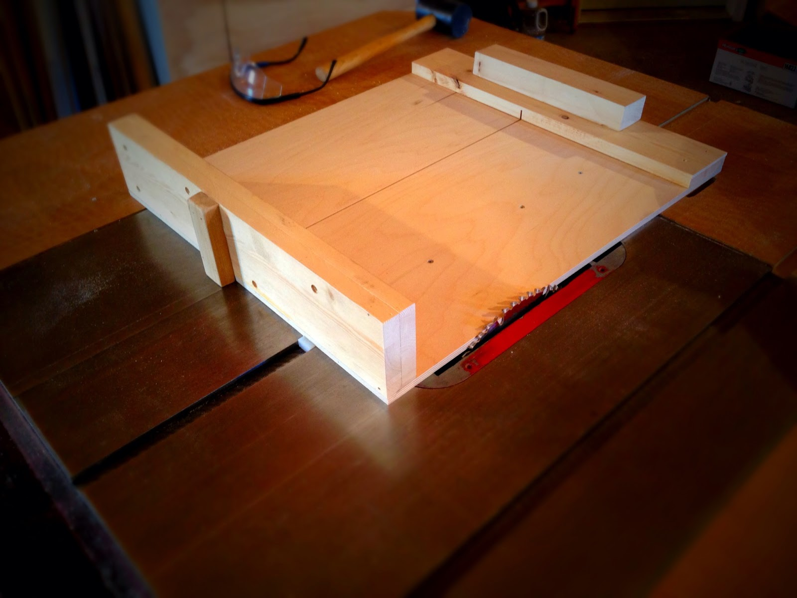 Project 64 Another Table Saw Sled A Make Per Day