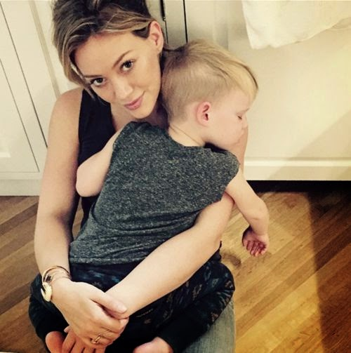 Luca Comrie: Hilary Duff mom is the best bed