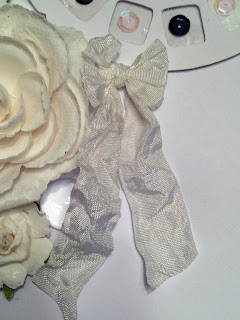 Detail:  Crinkle Ribbon
