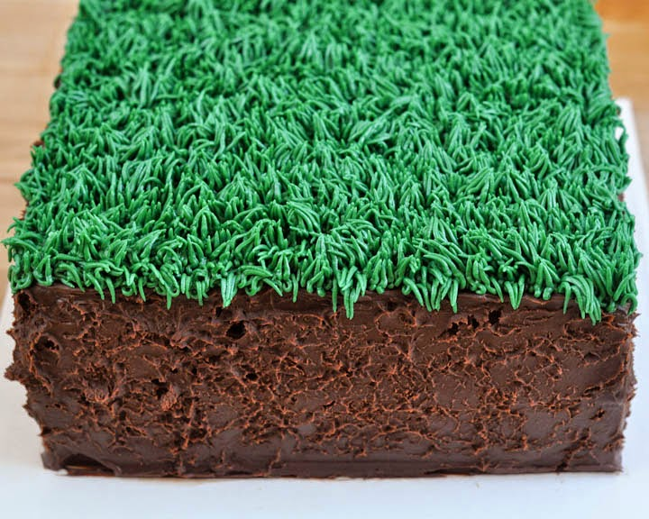 Cake Decorating Making Grass : Beki Cook s Cake Blog: Easy Minecraft Birthday Cake