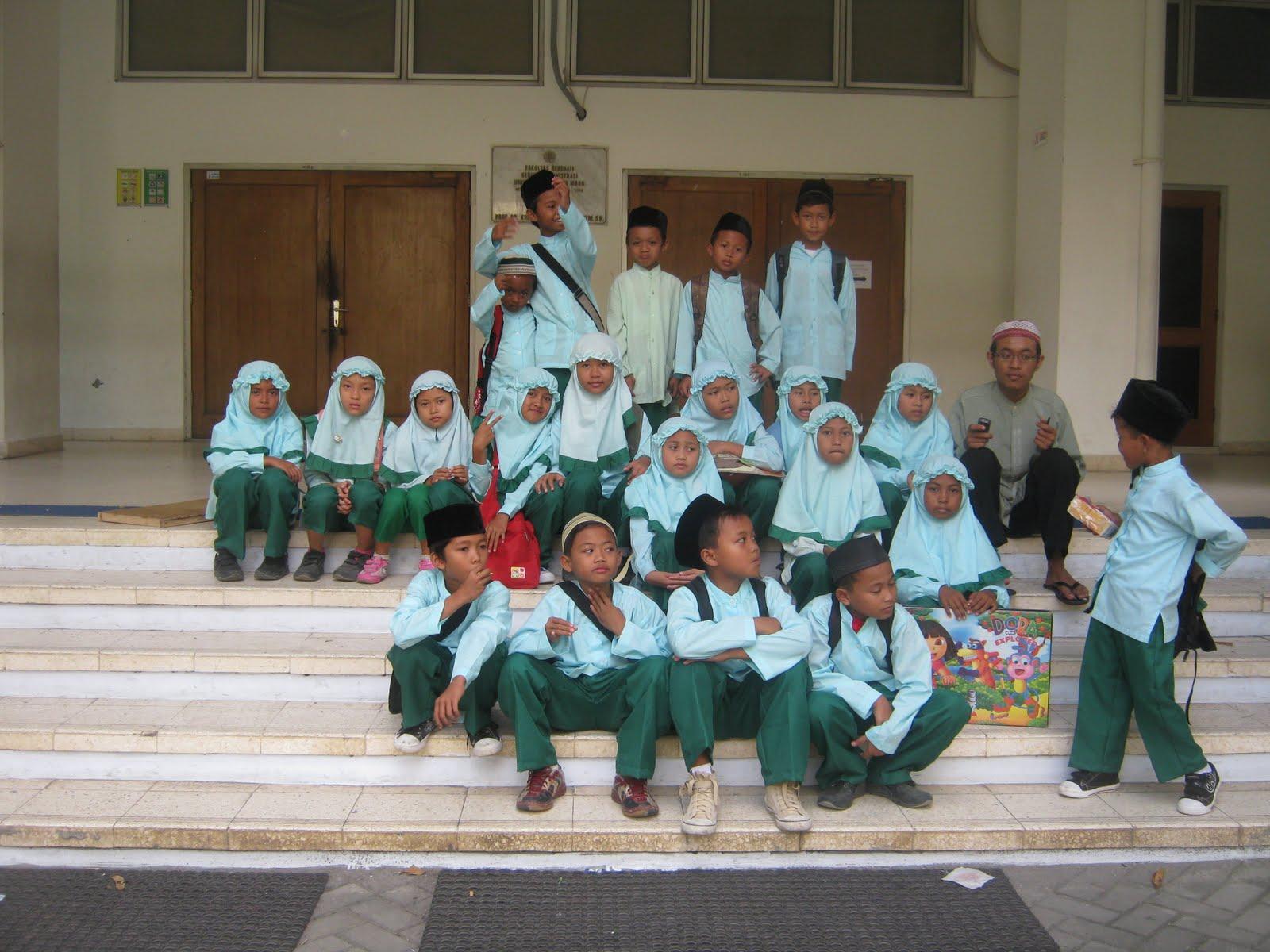 Kafilah Pekan Anak Sholeh FMIPA UGM 2011