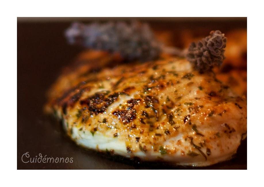 Pollo Maggi con jugoso a la sartén