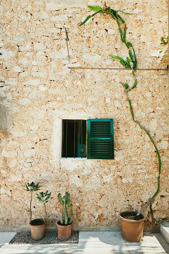 Family house in Es Llombards, Mallorca, design by SMS Arquitectos, photos by Salva López