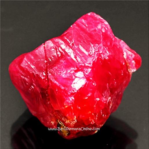 Batu Ruby Mentah