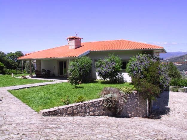 http://www.lardocelar.com/imobiliario/imovel_detalhes.jsp?id=2501436
