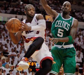 Boston Celtics vs Miami Heat Game 2 May 3, 2011