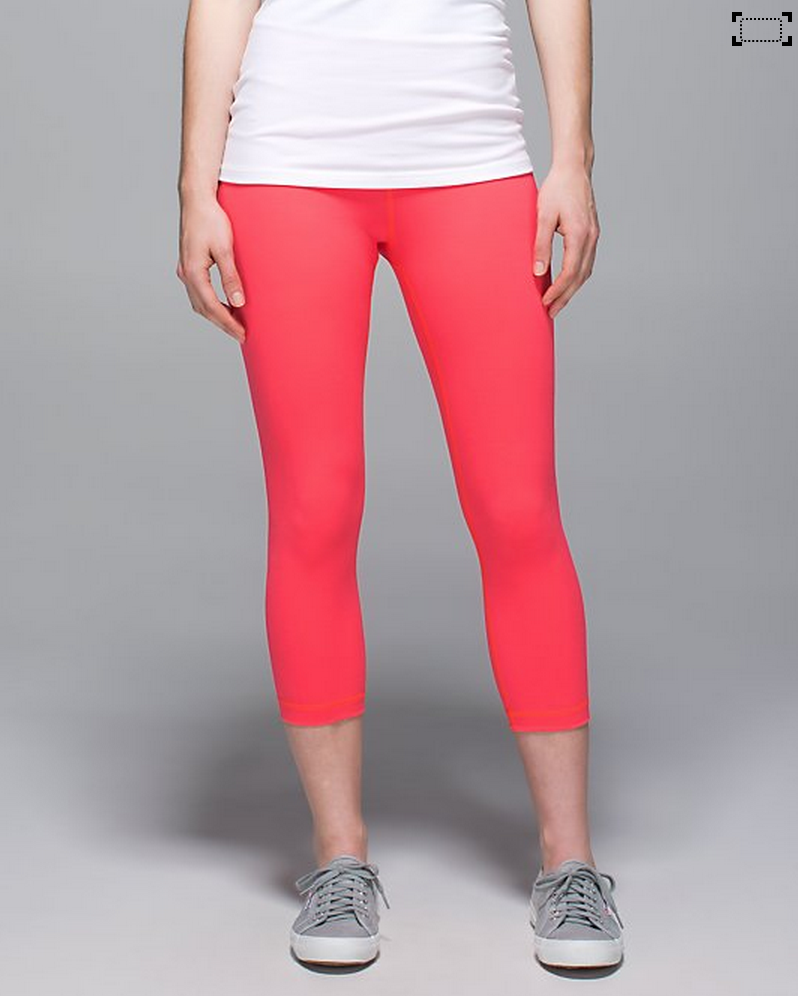http://www.anrdoezrs.net/links/7680158/type/dlg/http://shop.lululemon.com/products/clothes-accessories/crops-yoga/Wunder-Under-Crop-II-Roll-Down?cc=17370&skuId=3600920&catId=crops-yoga