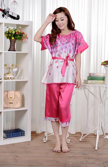 Baju Tidur Lengan Pendek Kombinasi Celana Pendek Cantik