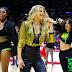 """Fergie sorprende al público de un partido de los Clippers con un Flash-Mob de su tema """"L.A.LOVE"""""""