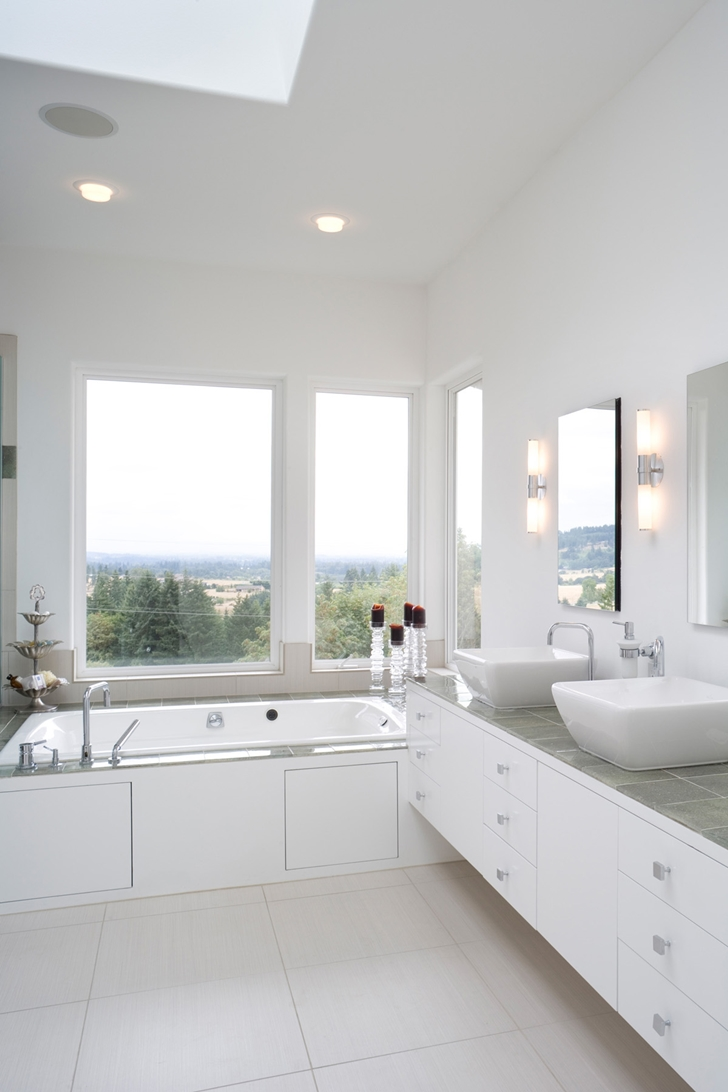 Bathroom in Contemporary style home in Oregon by Eric Schnell