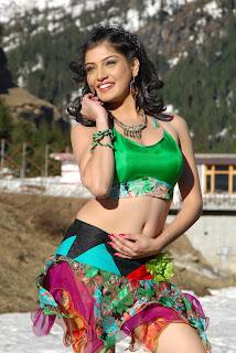 Priyadarshini  in youthful love 004.jpg