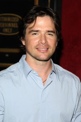 actores de tv Matthew Settle