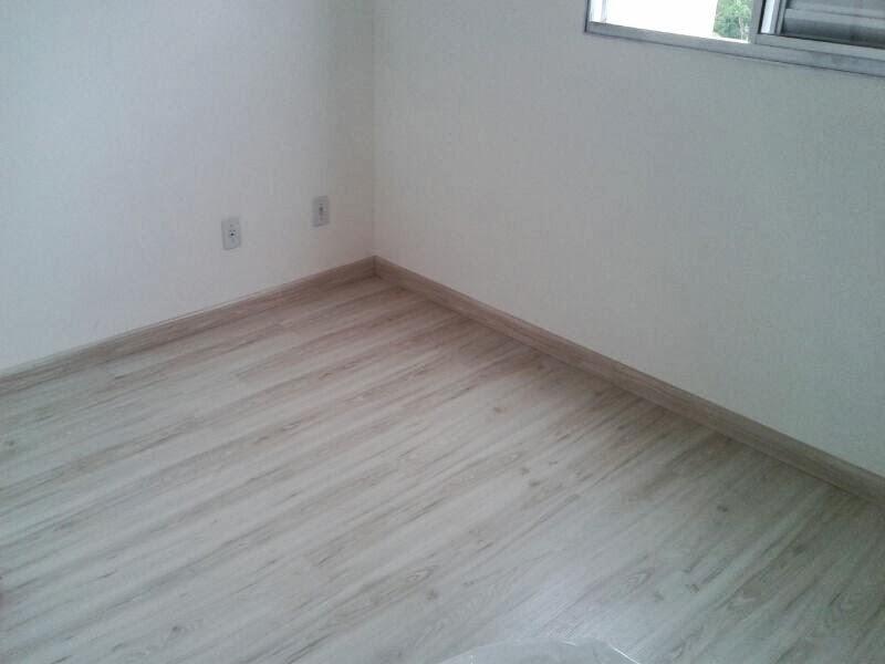Reformar decorar enfim casar nosso piso e gesso for Piso laminado instalado
