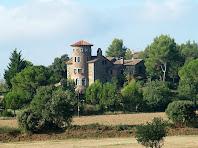 Les cares nord i est de la Torre de Cal Boixader des de la Roureda de la Font dels Pagesos