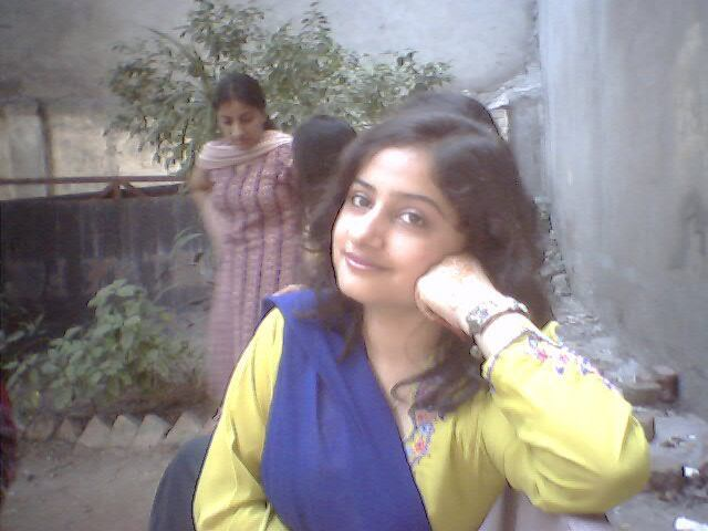 Fresh indian girls march 2015 for Home wallpaper karachi