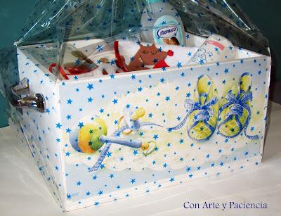 Regalo caja decoupage para recién nacido