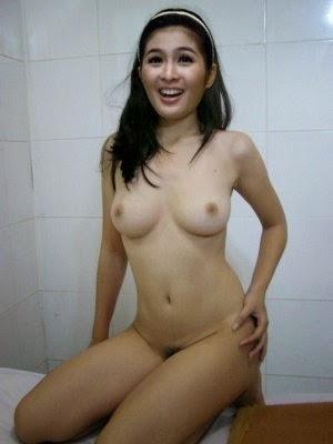 Foto Bugil Artis Cantik Dewi Sandra Paling Fenomenal