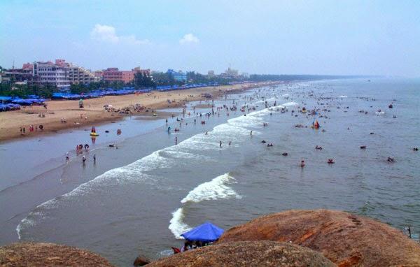 Cho thuê xe đi Sầm Sơn du lịch Biển Thanh Hóa 2