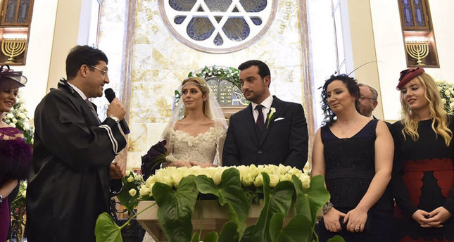 Point Of No Return Jewish Refugees From Arab Countries Turkish Mayor Officiates At Synagogue