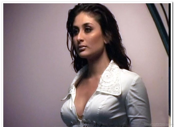 Kareena Kapoor Hot HD Wallpaper- 03