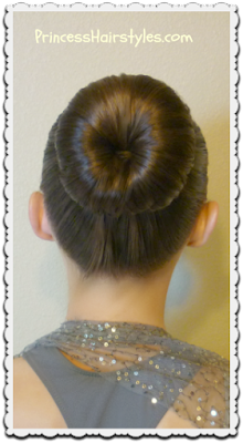 The perfect bun for dance and no heat curls tutorial