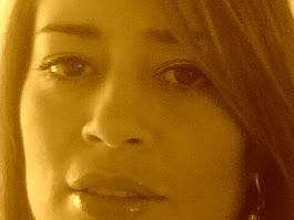 """""""…LLEGUÉ LLENA DE  TEMORES Y COMPLEJOS… HUNDIDA EN LOS RECUERDOS DE UNA INFANCIA DOLOROSA…"""""""