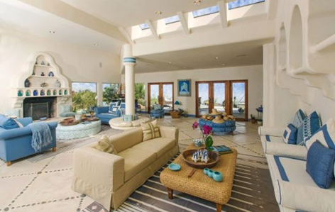 living room of patricia gucci california mansion house property casa azura