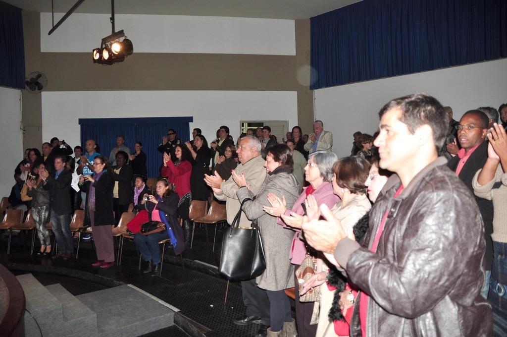 Autoridades e dezenas de convidados prestigiaram a cerimônia