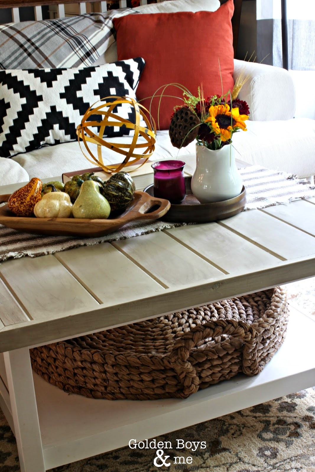 Ikea hack Hemnes coffee table with fall decor-www.goldenboysandme.com
