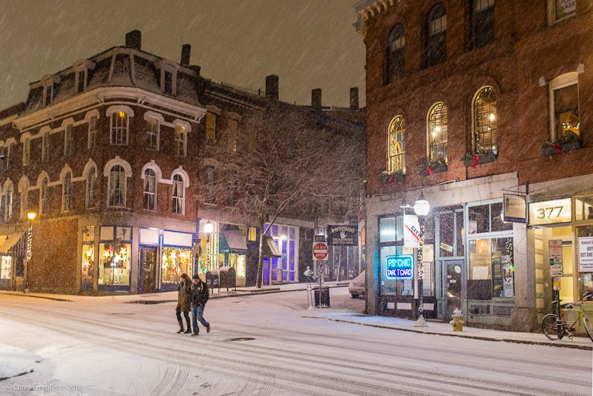 Portland, Maine USA January 2016 photo by Corey Templeton. A quintessential winter scene at the corner of Fore and Moulton Streets last evening.