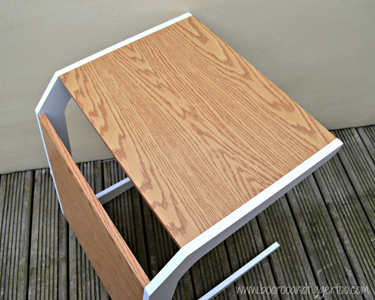 Boo Roo and Tigger Too: Space2 Quadro Oak and White Laptop Stand