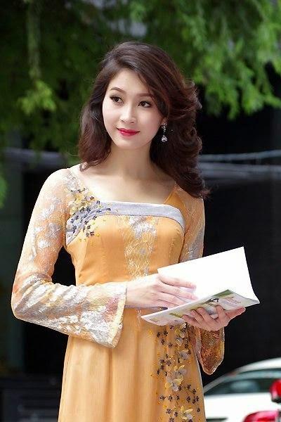 Ảnh gái đẹp diệu dàng trong tà áo dài 12