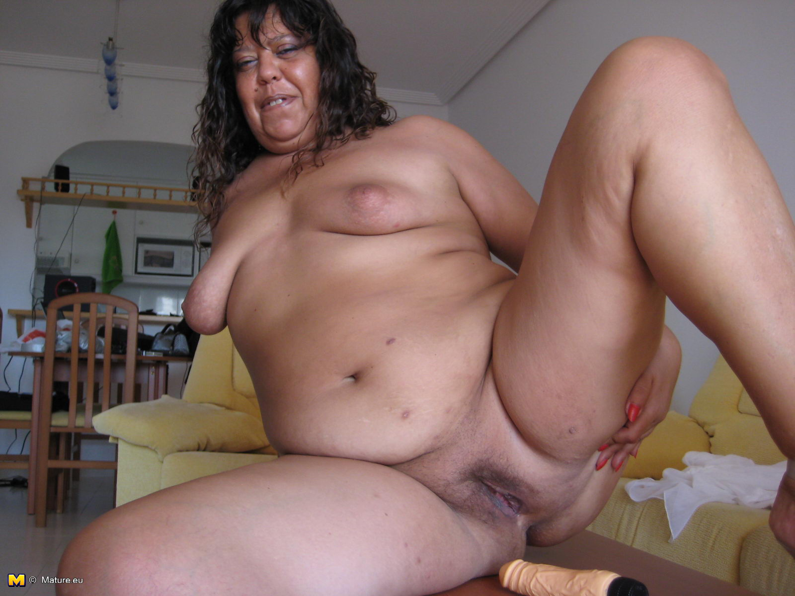 amateur mexican mature pussy