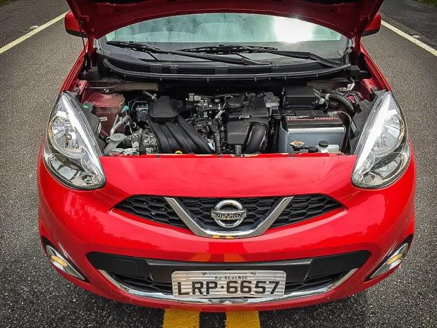 Nissan March 3 Cylinder Car Test