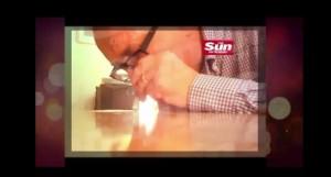 John Sewel Membro da Câmara dos Lordes filmado com prostitutas e cocaína