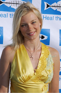 Amy Smart Wiki and Pics