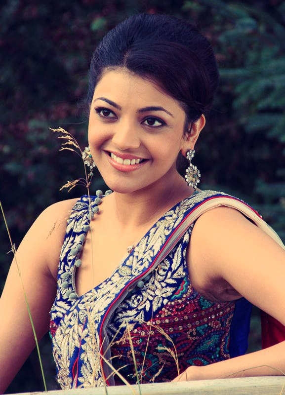 Kajal Agarwal Saree Photos From Movie Maatran